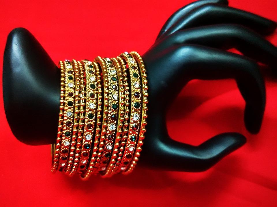 masivní šperky